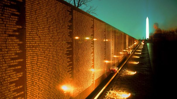 Vietnam_War_Memorial